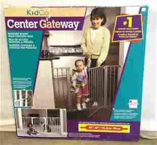 3 KIDCO Center Gateway Walk-Through Gates, Boxed