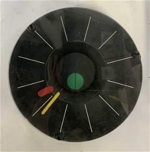 Nova Mid Century Modern Style Minimalist Clock