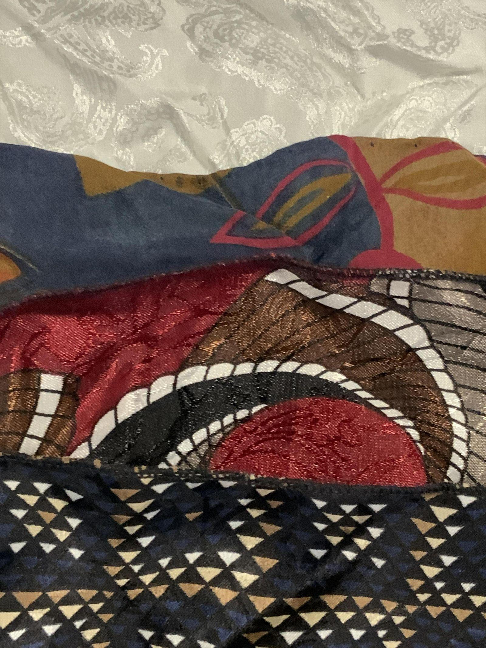 9p Vntg Silk Handkerchiefs, Christian Dior & More
