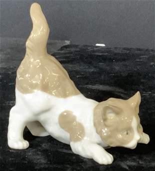 2 Collectible LLADRÓ Porcelain Cats, 5091, 131