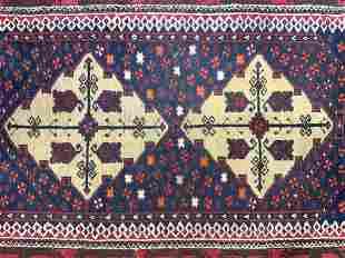 Vintage Handmade Wool Area Rug W Fringes