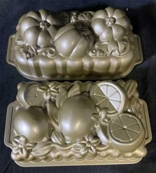 Set of 2 Decorative Baking Molds