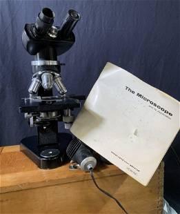 Ernst Leitz Wetzlar Microscope in Box, Ger