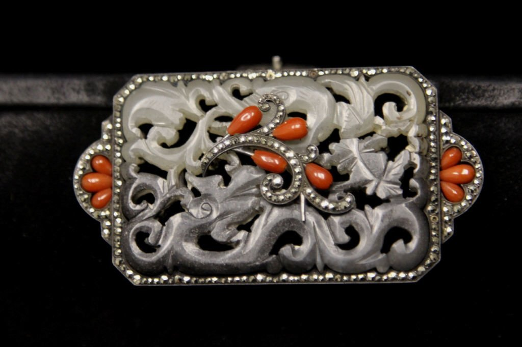 Vintage Purse w. Sterling Jade & Coral Clasp