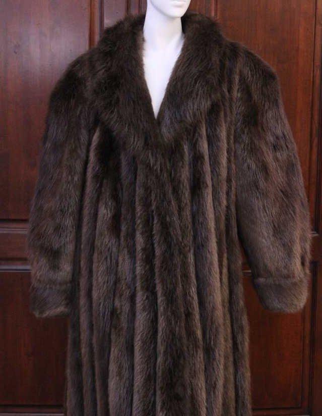Vintage Ladies Beaver Fur Coat