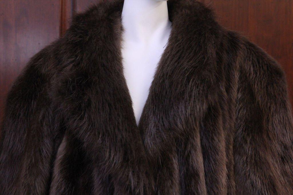 Vintage Ladies Beaver Fur Coat - 2