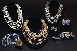 Vintage Jewelry Lot 18 Pieces