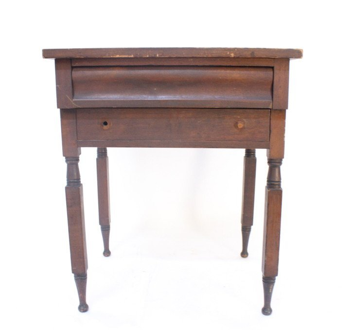 Dark wood country end table w. drawer