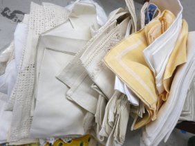 Group Lot Vintage Linens