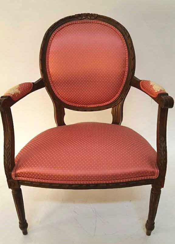 Federal Style Carved Wood Blush Upholstery Chair