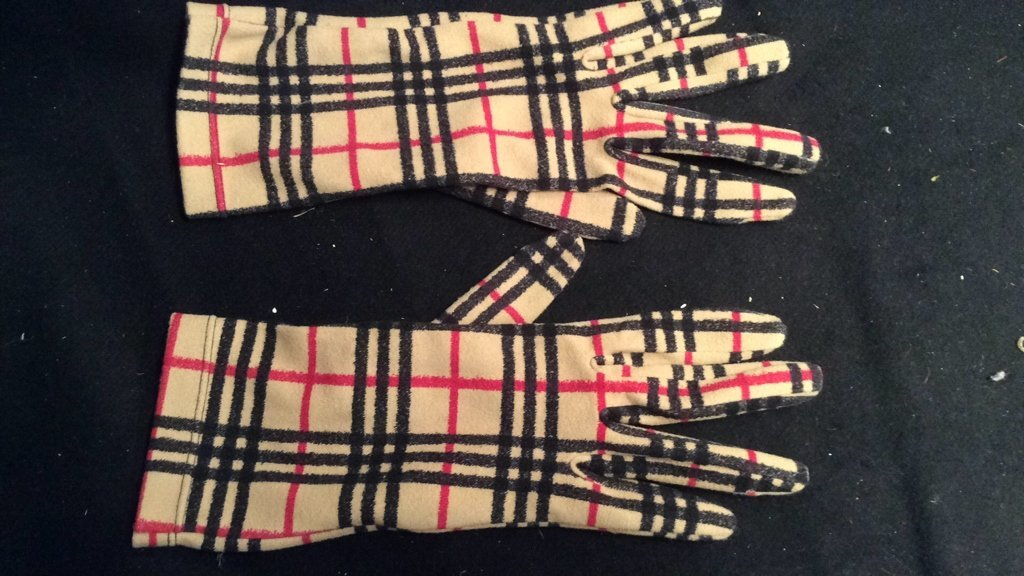 Made in Italy Glove Burberry Plaid
