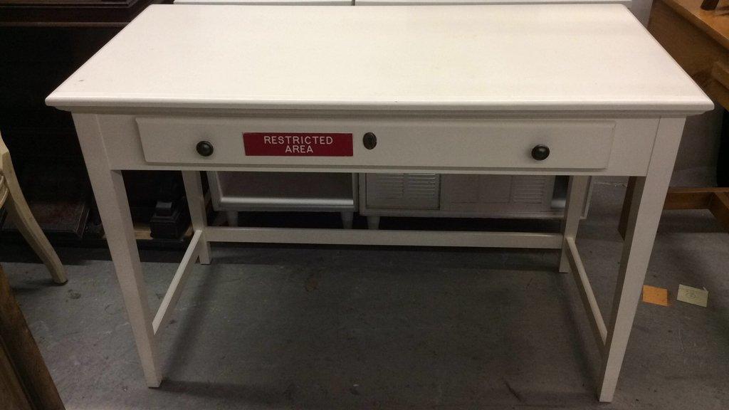 RIVERSIDE Desk with Drop Leaf Keyboard Drawer