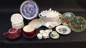 Mixed group lot of porcelain