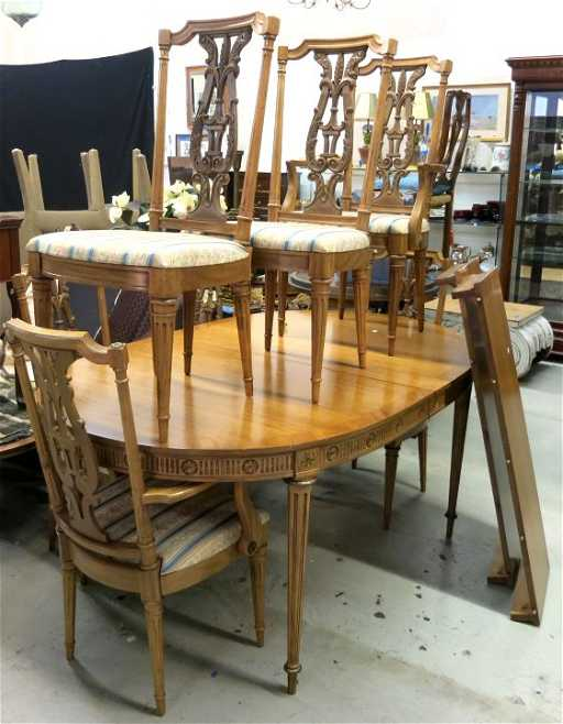 JL METZ Furniture Co Dining Table 6 Chairs