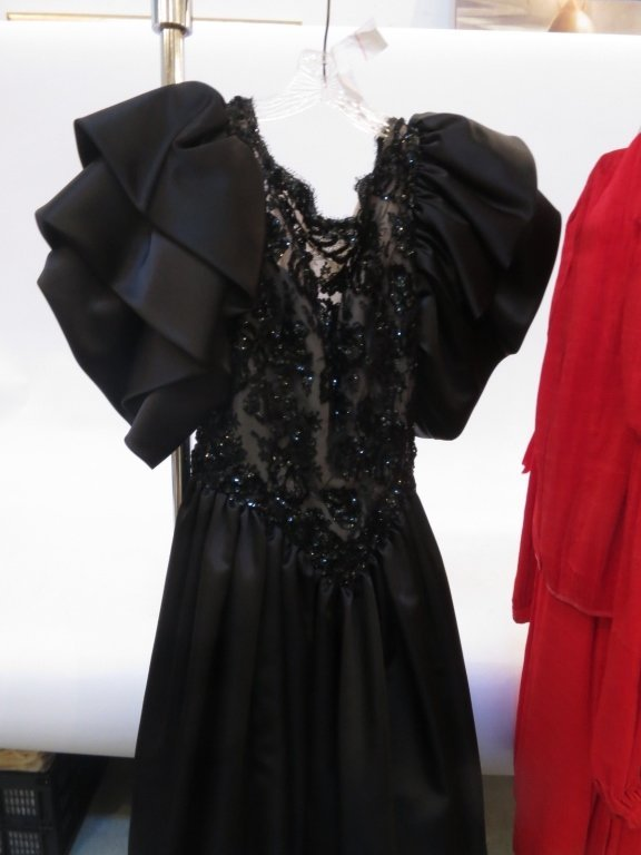 Vintage Classic Group Lot 3  Womens Dresses - 2