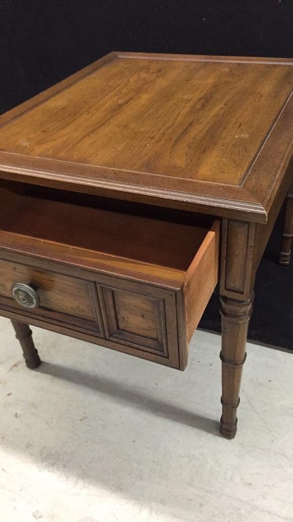 HENREDON Walnut End Table - 2