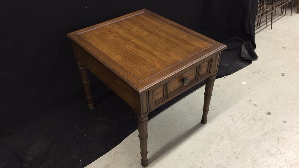 HENREDON Walnut End Table - 4