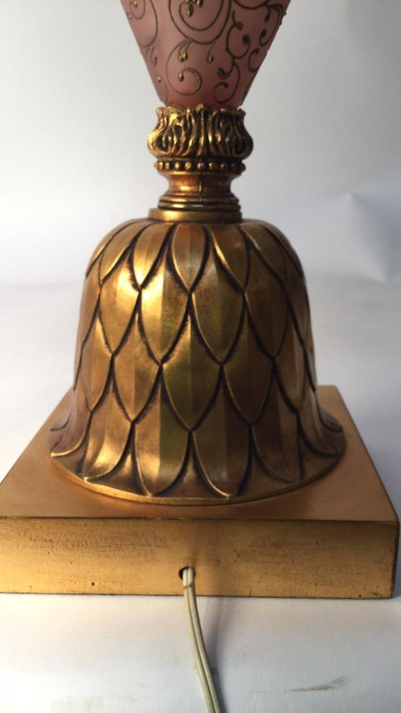 Vintage Decorative Table Lamp with Feathered Stem - 7