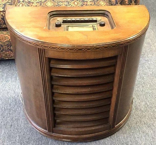 STEWART WARNER Antique Radio Semi Circular Cabinet