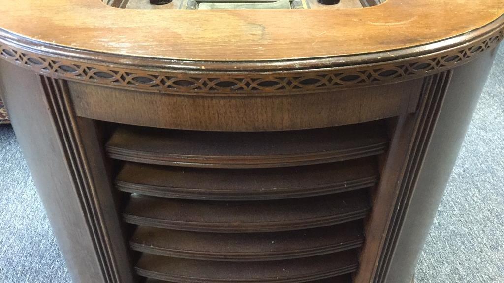 STEWART WARNER Antique Radio Semi Circular Cabinet - 6