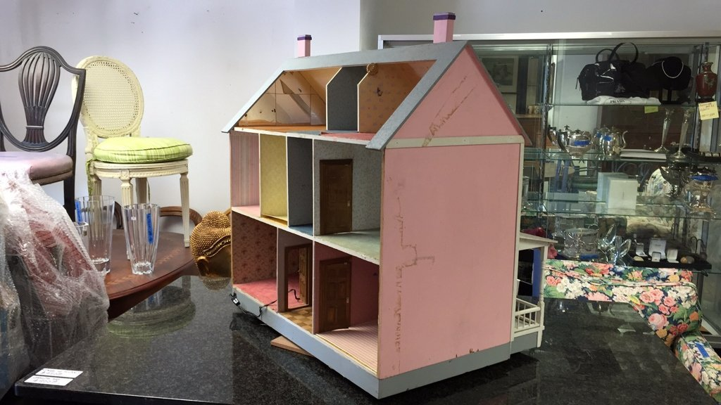Custom Hand Painted Colonial Style Doll House - 4