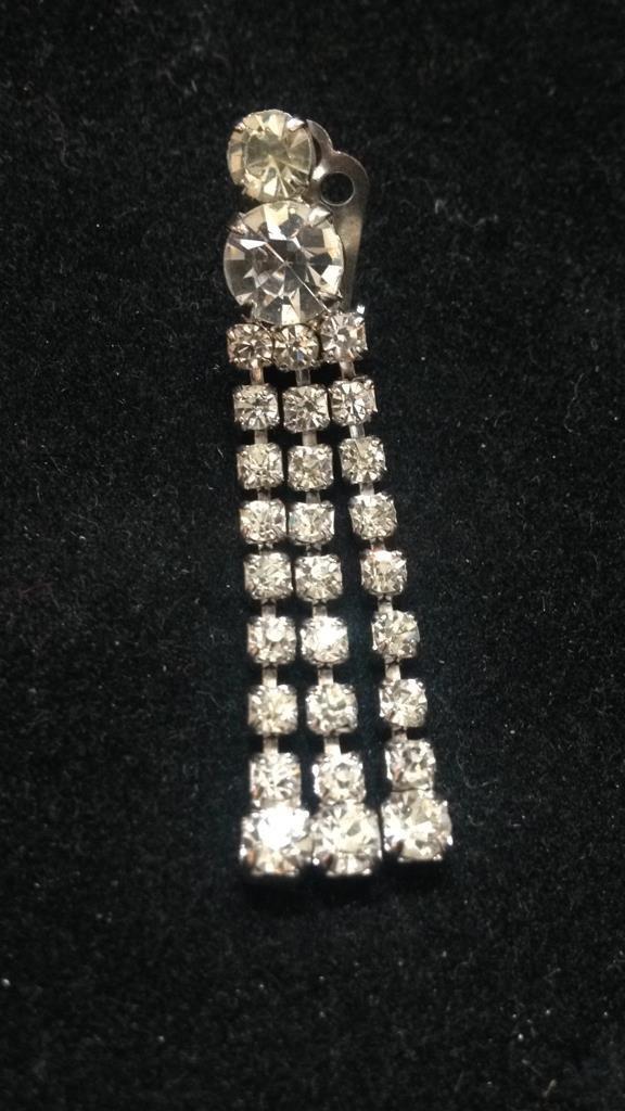 Vintage Glamour Clip Earrings - 3