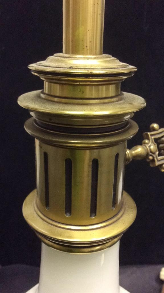 White Porcelain and Brass Lamp - 7