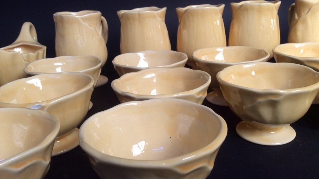 Laurie yellow leaf dish pottery set - 7