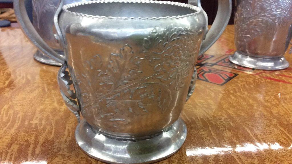 Hand wrought metal pot sugar creamer dish - 4