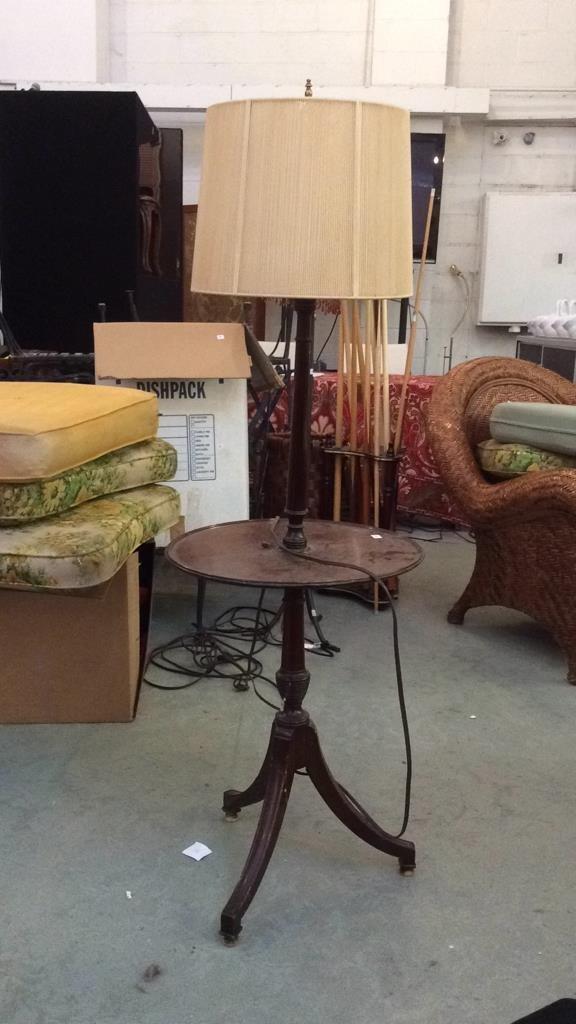 Vintage Mahogany Wood Table Lamp
