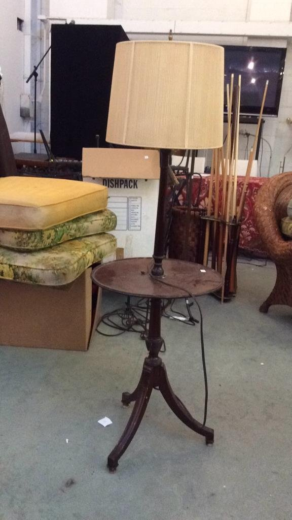 Vintage Mahogany Wood Table Lamp - 2