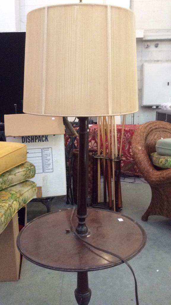 Vintage Mahogany Wood Table Lamp - 4