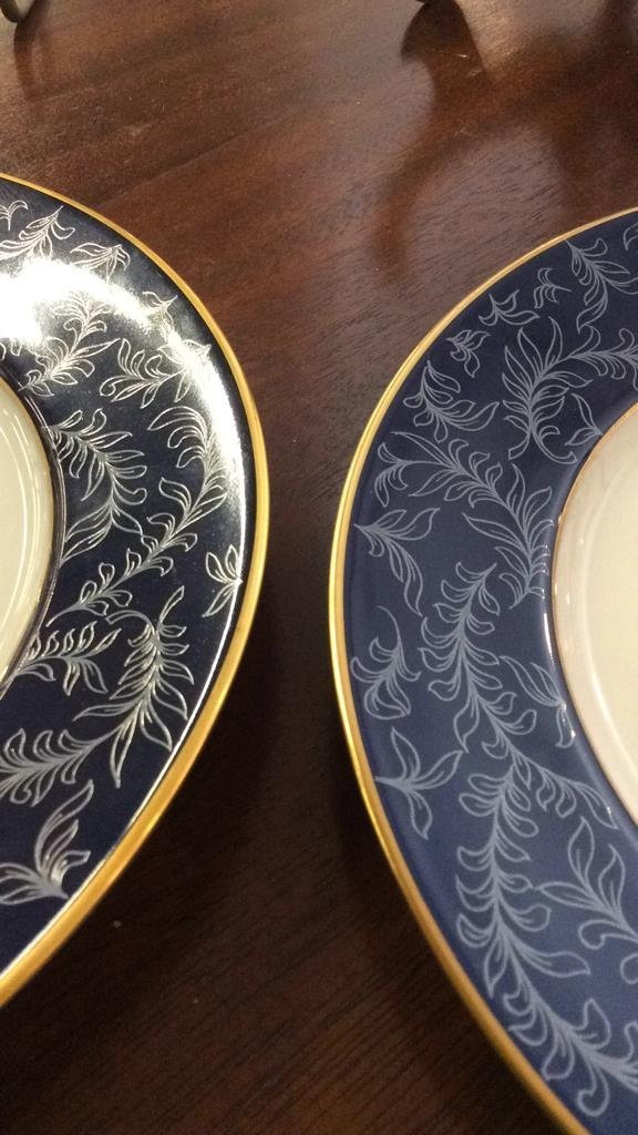 LIMOGES Pair of Plates - 3