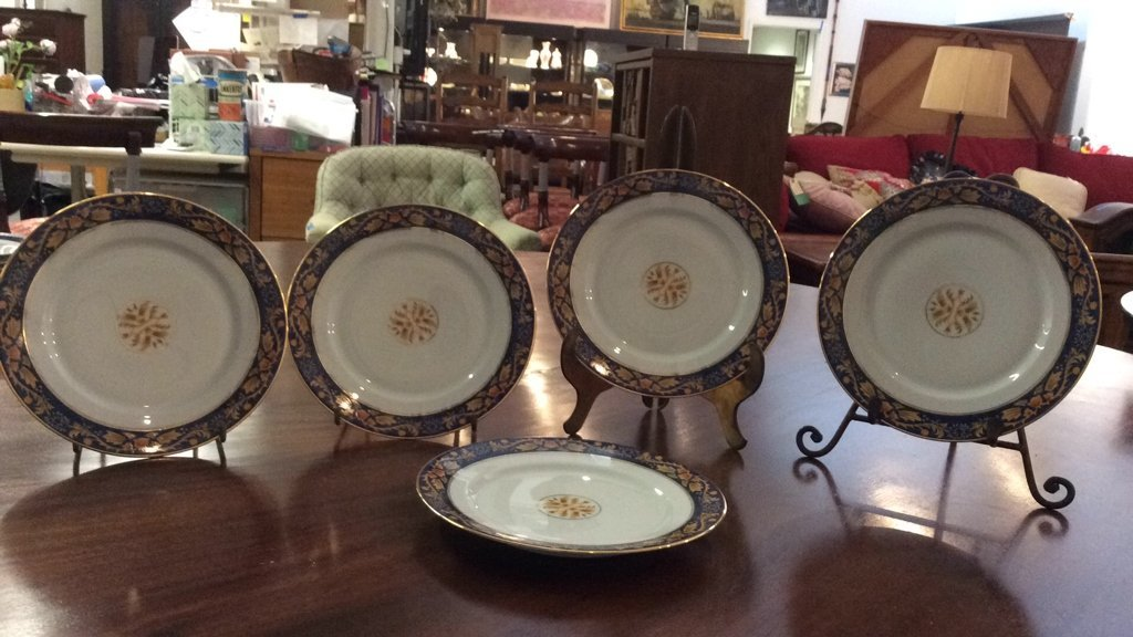 LIMOGES Set Of 5 Plates - 2