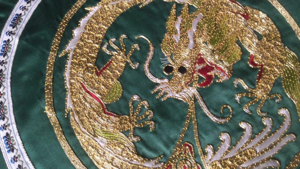 6 Silk Dragon Embroidered Mats - 4