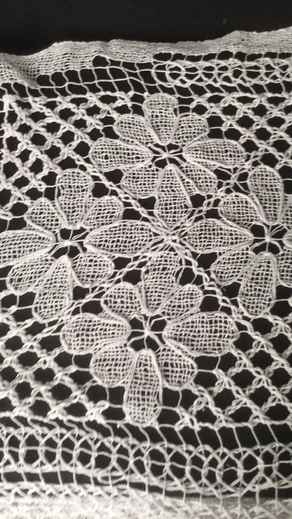 2 Crotched Lily Lace Table Covers - 2