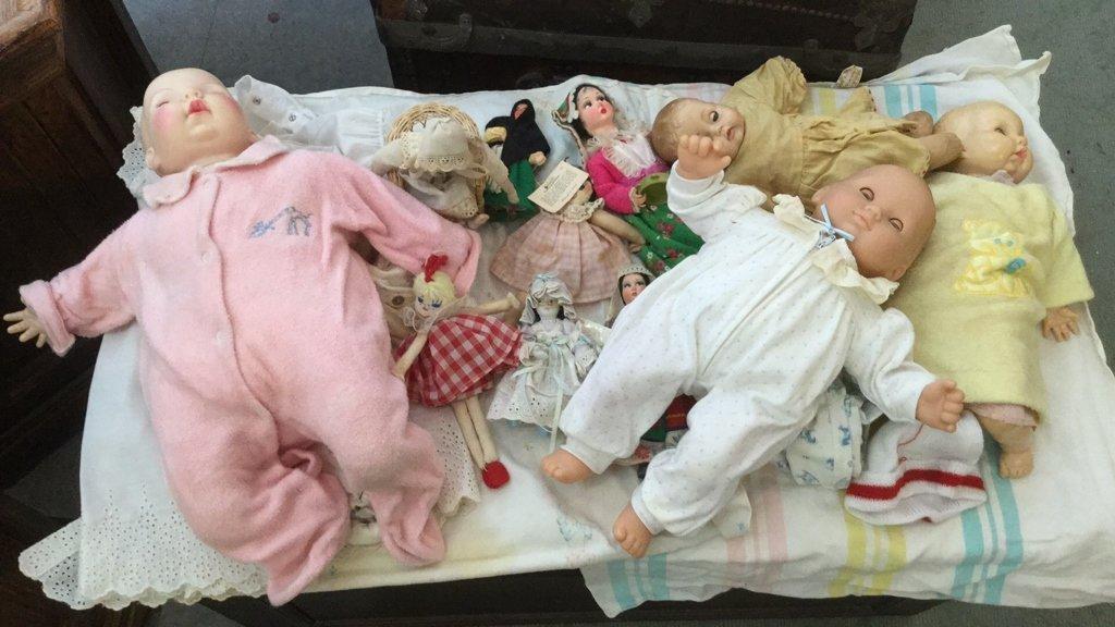 Vintage Group Lot Dolls & Clothing