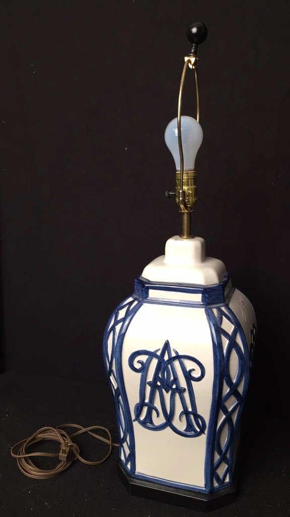 Vintage Blue White Ceramic Table Lamp