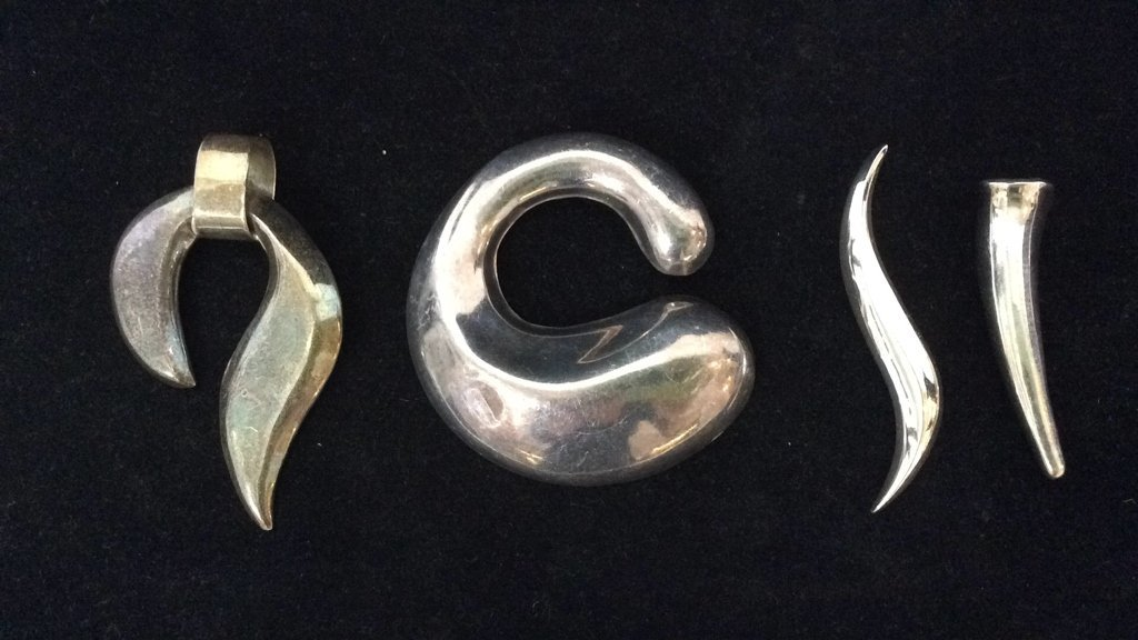 11 Piece Sterling Silver Necklace Lot - 4