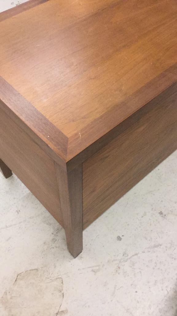 Directional Calvin Furniture Co. Drawers - 7