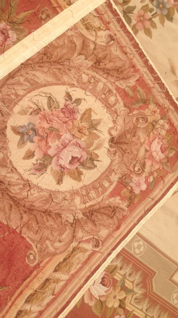 Large Aubusson Hand Knotted Carpet - 9