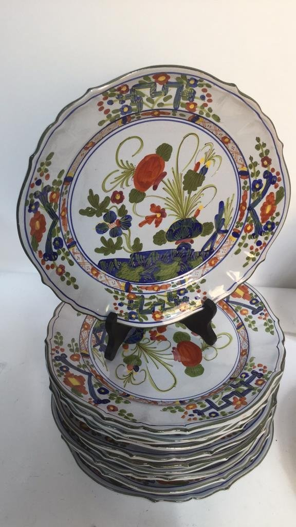 Set of Hand Painted Italian Plates and Service - 2