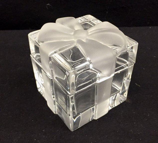 TIFFANY & CO Crystal Jewlelry Box w Bow