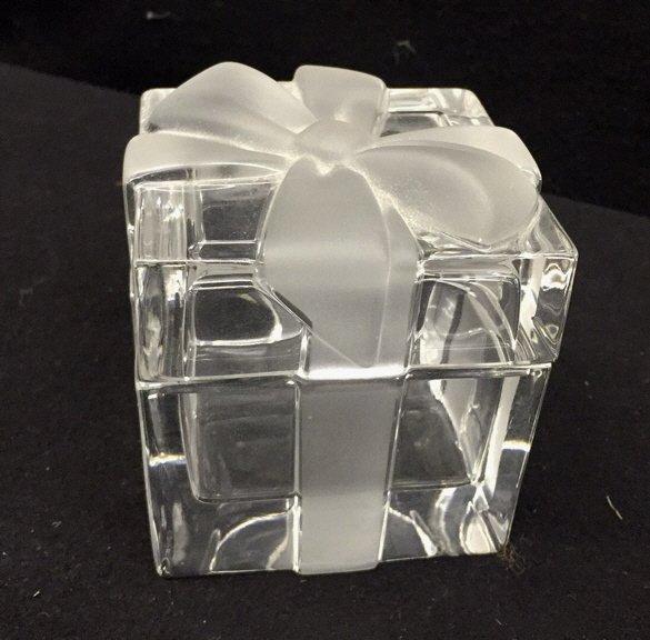 TIFFANY & CO Crystal Jewlelry Box w Bow - 2