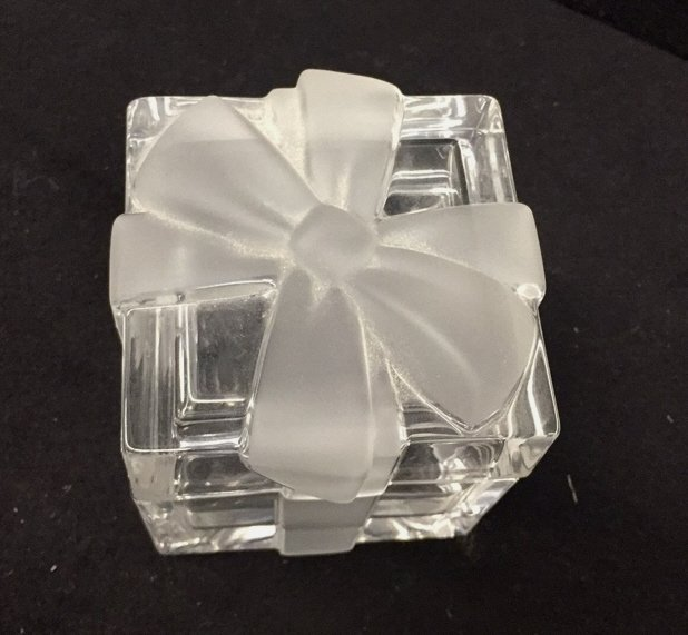 TIFFANY & CO Crystal Jewlelry Box w Bow - 3