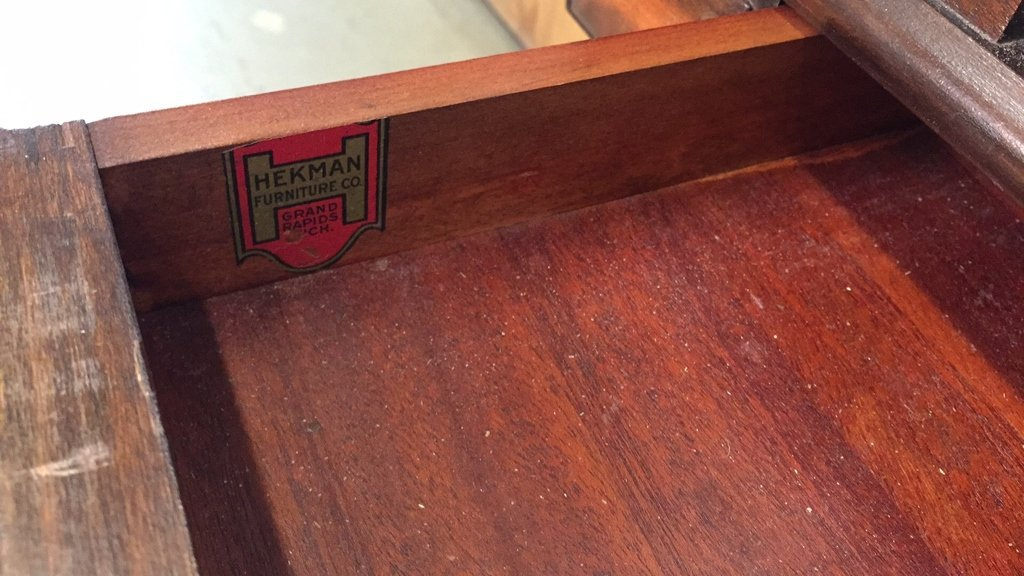 Antique HEKMAN Secretary Table with Turned Legs - 4