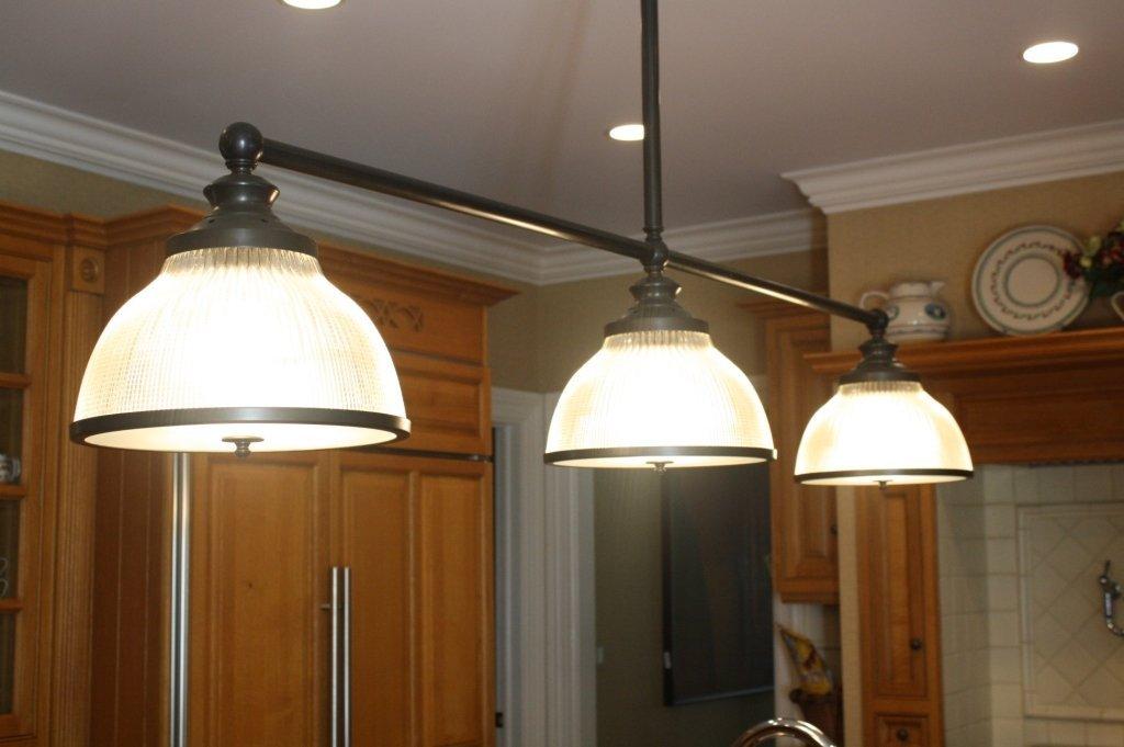Ann-Morris Antiques Inc. Light Fixture