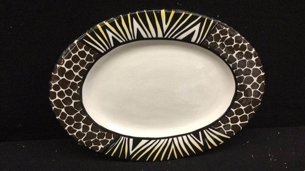 5 Hand Paired Striped African Dishes - 2