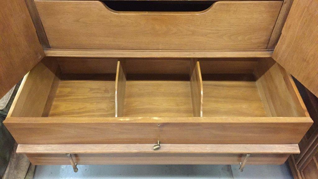 THOMASVILLE Tamerlane Multi Drawer Dresser - 7