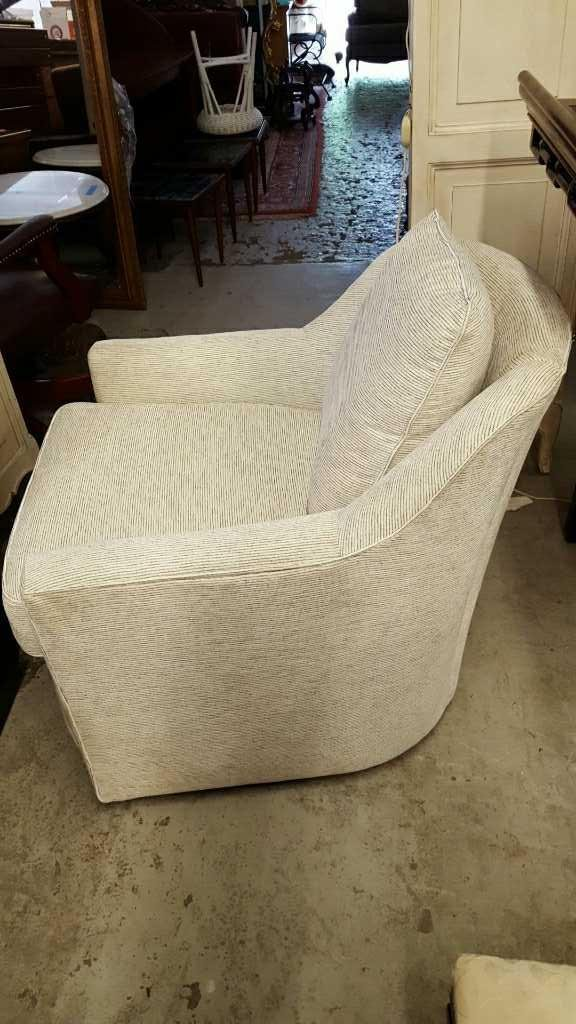 COUNTRY WILLOW Barrel back Swivel Chair - 5